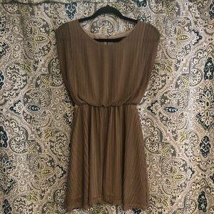 Tan Dress Sz Small